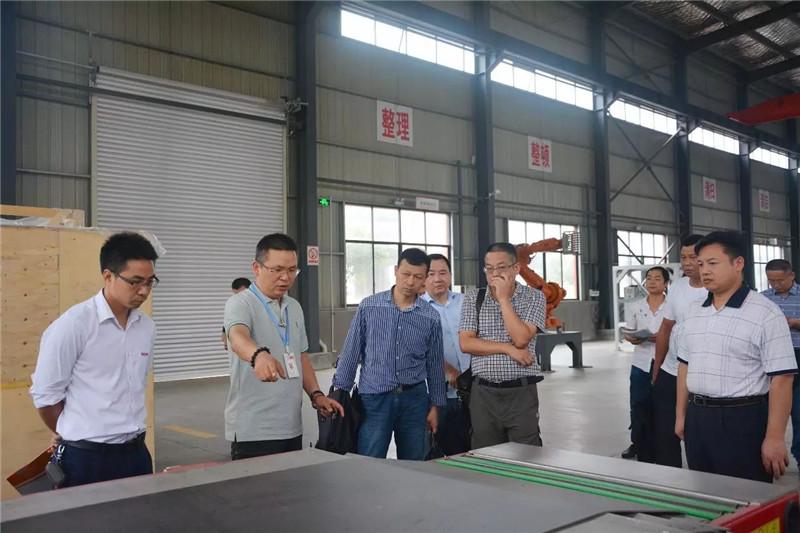 市科技局党组书记、局长潘永其带队来访亚博官网娱乐app下载